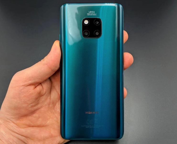 Цена на смартфон Huawei Mate 20 Pro конечно охуенная)