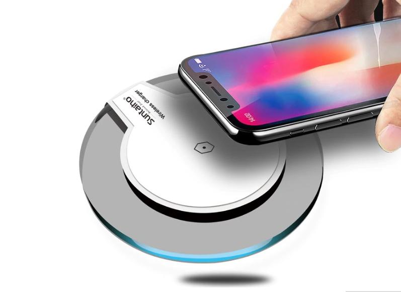 Беспроводное зарядное устройство для смартфона Apple