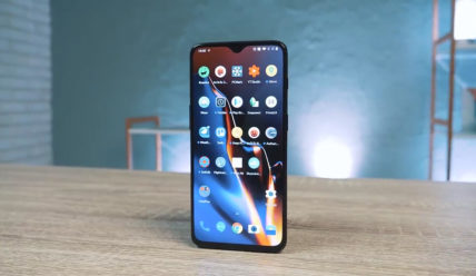 Стоит ли покупать OnePlus 6T в 2019 году?