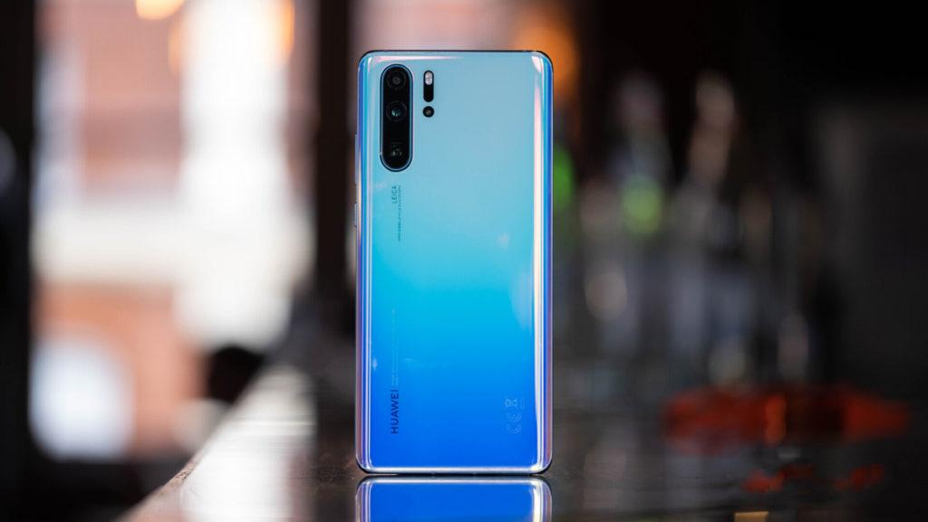 Huawei P30 Pro - мощный телефон с хорошей камерой