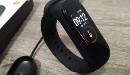 Фитнес браслет Xiaomi Mi Band 5: что умеет
